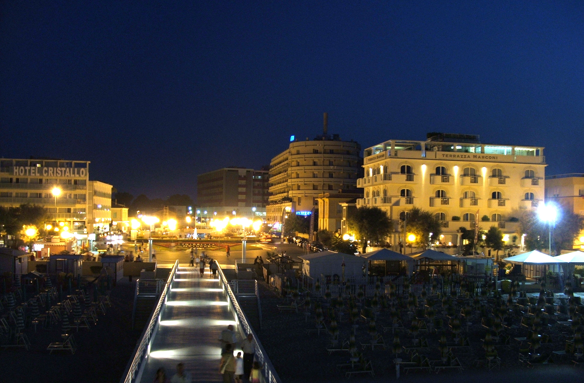 Senigallia Italy  city photos : Senigallia notturna Wikimedia Commons