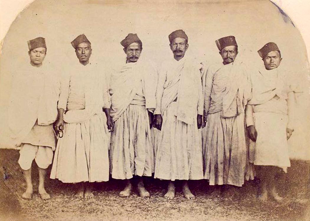 File:Shakyas 1868-1875.jpg