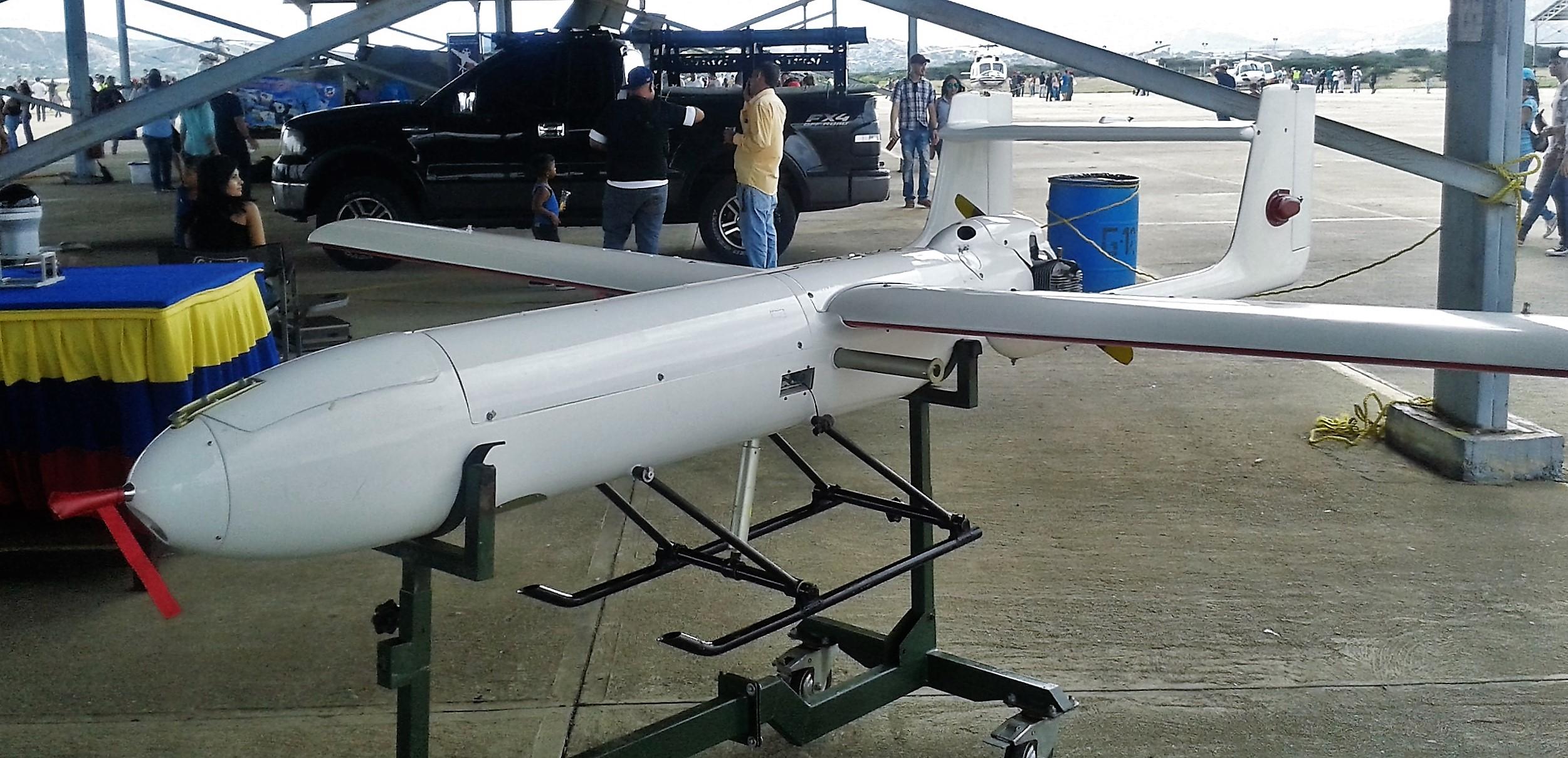 Αnti-drone warfare - Page 2 Sistema_a%C3%A9reo_no_tripulado_-_Mohajer2_Cavim_Sant_Arpia