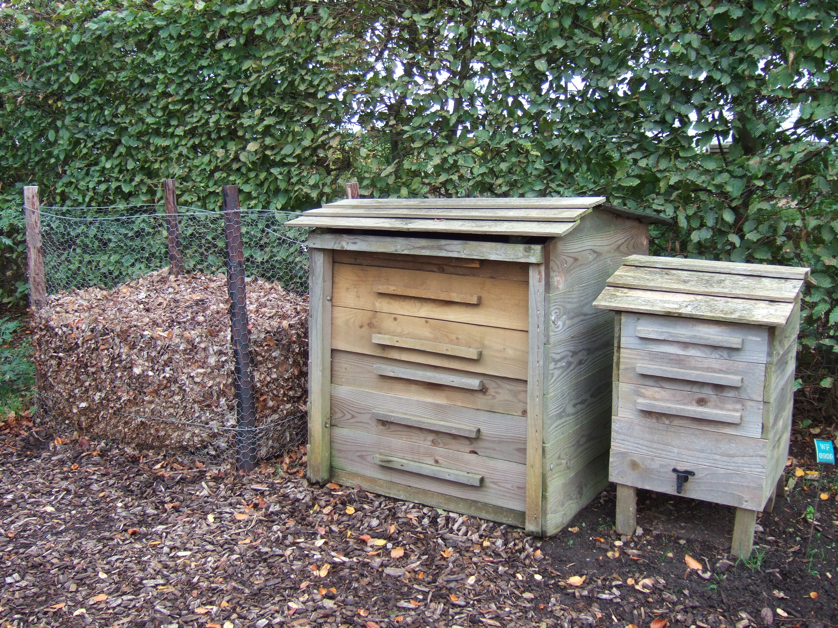 Build Wormery For Garden Compost
