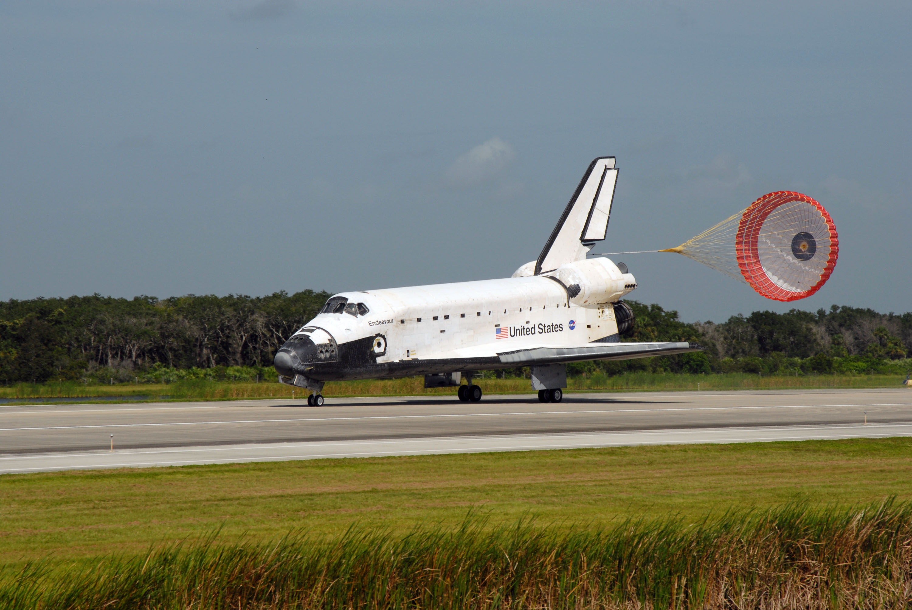 File Space Shuttle Endeavour Landing After Sts 127 Jpg