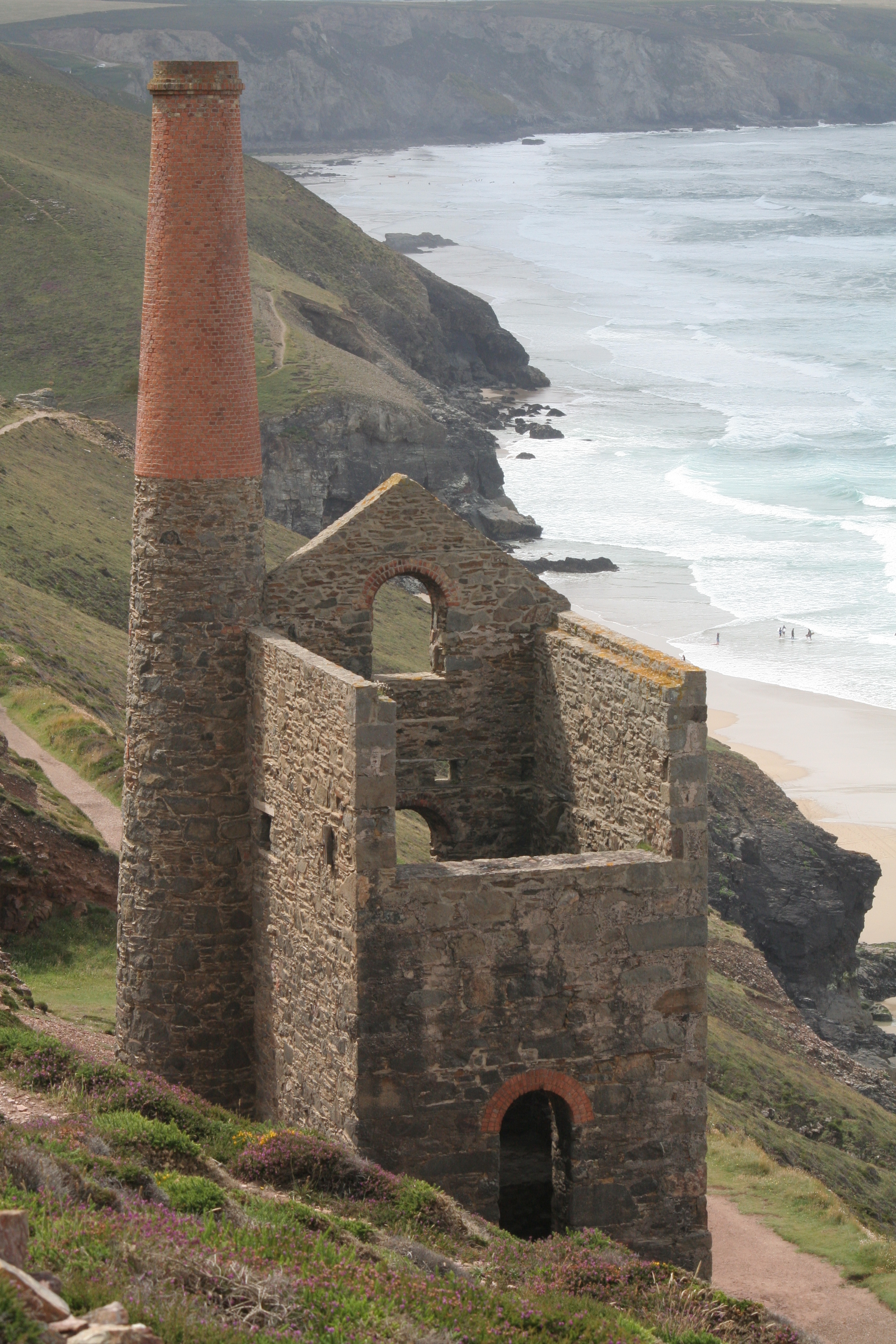 Wikipedia tin mine cornwall