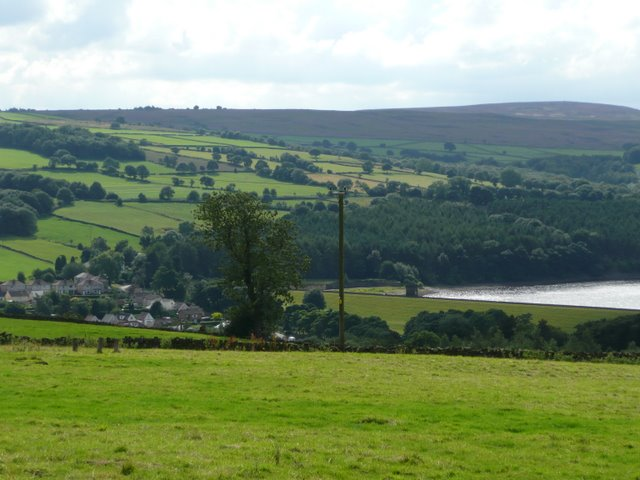 View towards Underbank Reservoir and Whitwell Moor - geograph.org.uk - 921034