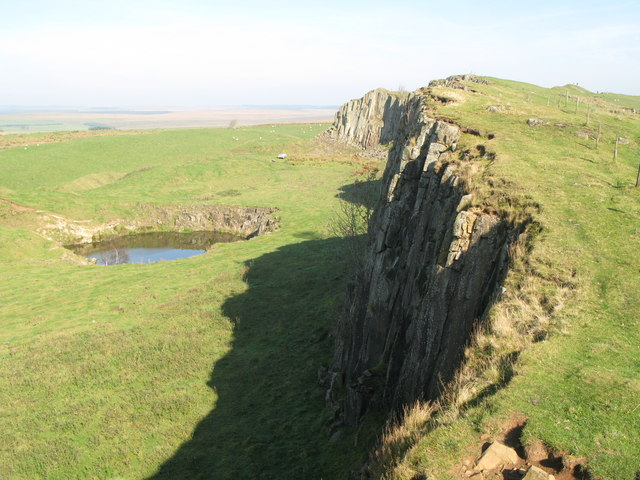 Walltown Crags - geograph.org.uk - 949003