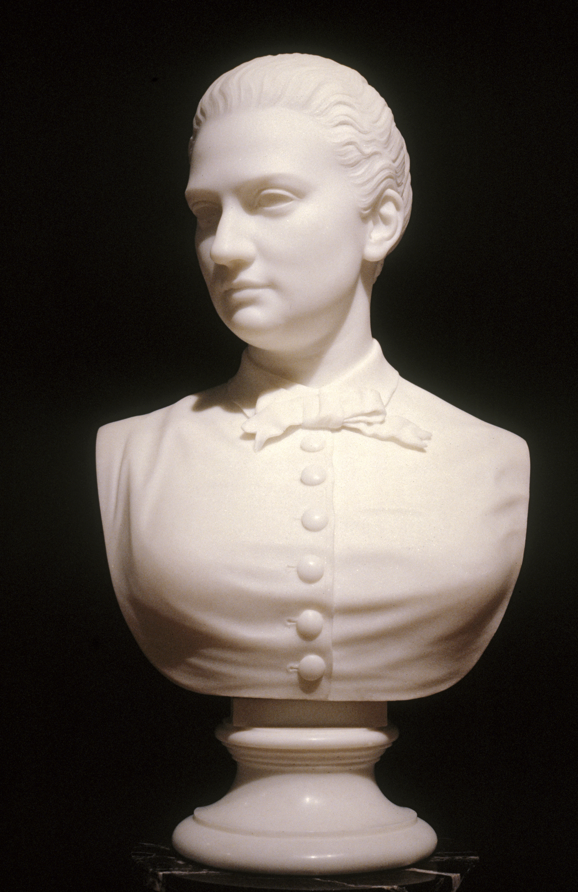 https://upload.wikimedia.org/wikipedia/commons/c/c3/William_Henry_Rinehart_-_Bust_of_Jennie_Walters_-_Walters_2820.jpg