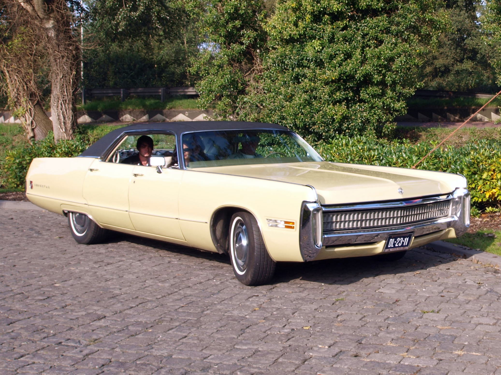 1975 Chrysler Imperial Le Baron Related Infomation