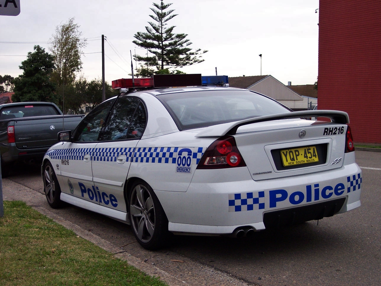 File2003 holden vy commodore ss nsw police 5498479772g file2003 holden vy commodore ss nsw police 5498479772g vanachro Images