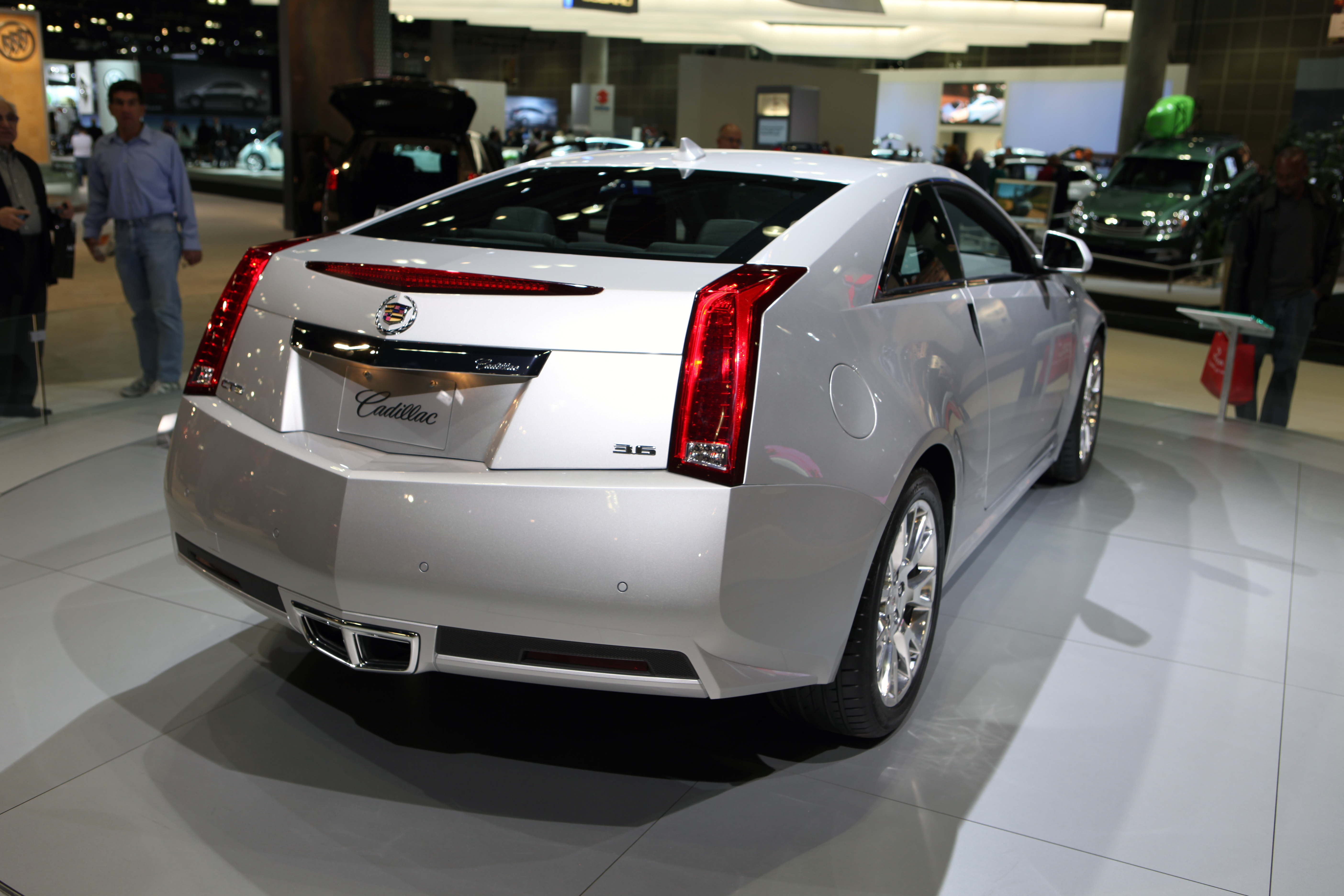 media archive us list sedan en losangeles and pages autoshows vsport driver named nov detail cadillac cts car news content best