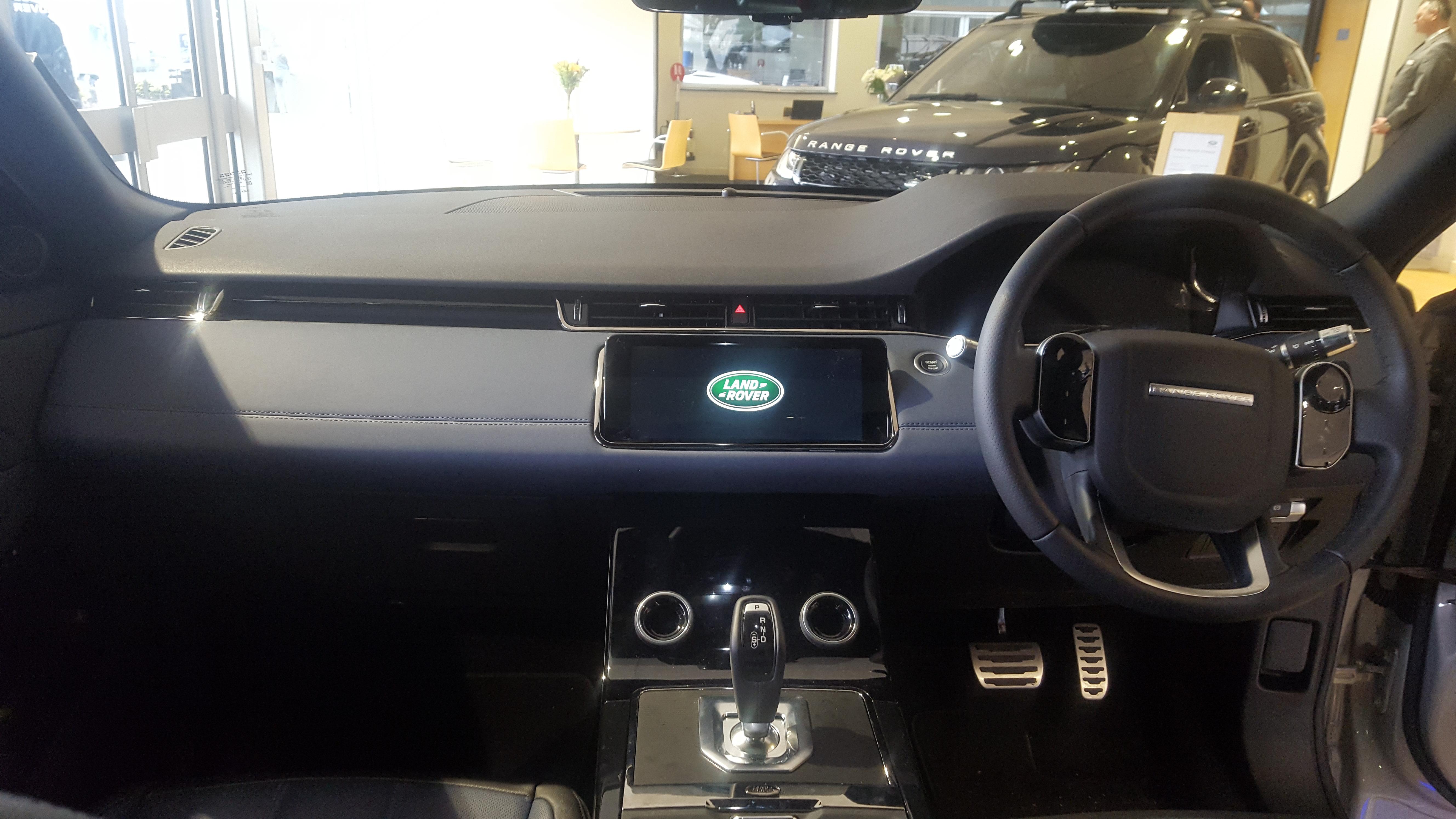 Range Rover Evoque Interior >> File 2019 Land Rover Range Rover Evoque D180 Se Interior Jpg