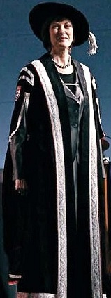 Ceremonial robe of McGill University's Principal and chief executive. - Academic dress