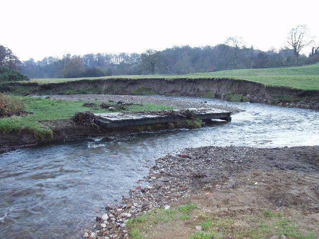 Afon Clywedog in Erddig Park - geograph.org.uk - 51774