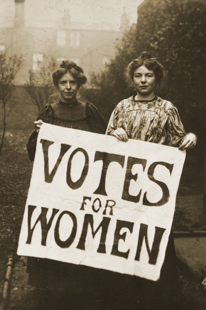 Suffragettes Annie Kenney and Christabel Pankhurst ca. 1905