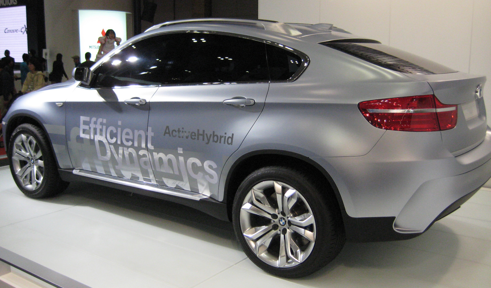 File:BMW Concept X6 Active Hybrid 02.JPG - Wikimedia Commons