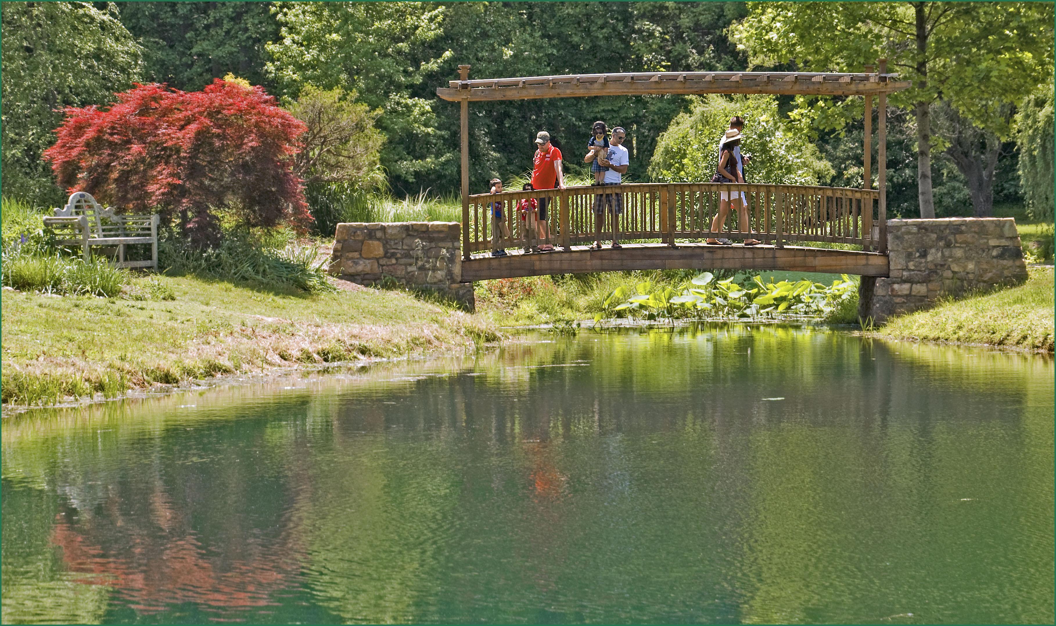 Meadowlark gardens vienna va hours garden ftempo Country gardens nursing home swansea ma