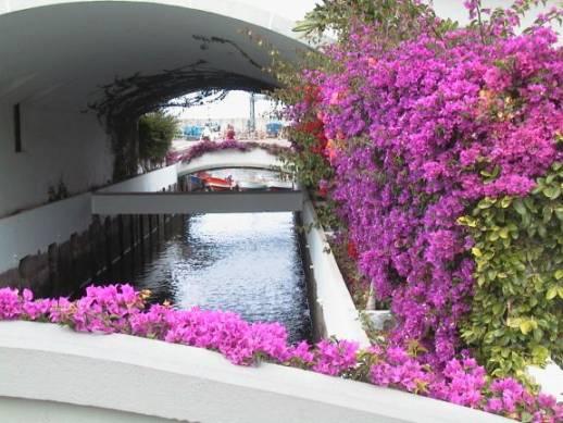 File canal puerto mogan gran wikimedia commons - Puerto mogan gran canaria ...