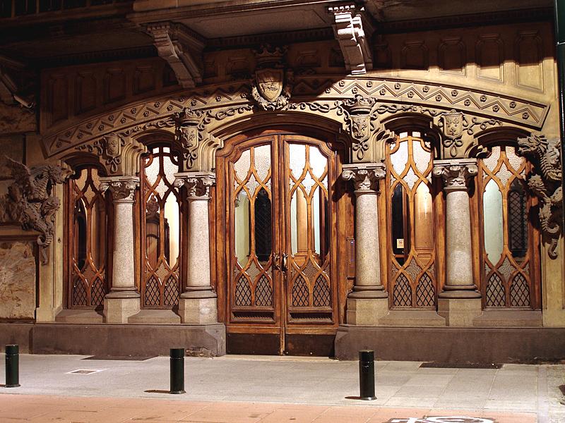 File casa della vittoria wikimedia commons - Casa della lampadina torino ...