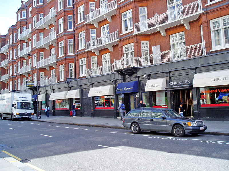 Какую недвижимость можно арендовать за 1000 фунтов в месяц в различных регионах Великобритании?