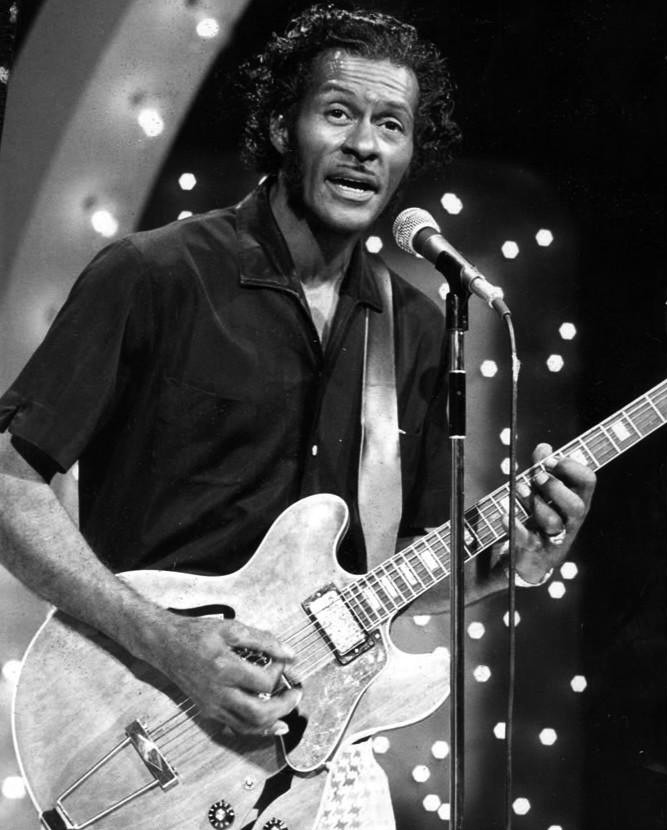 File chuck berry midnight special 1973 jpg wikimedia commons for Nbc page program cover letter