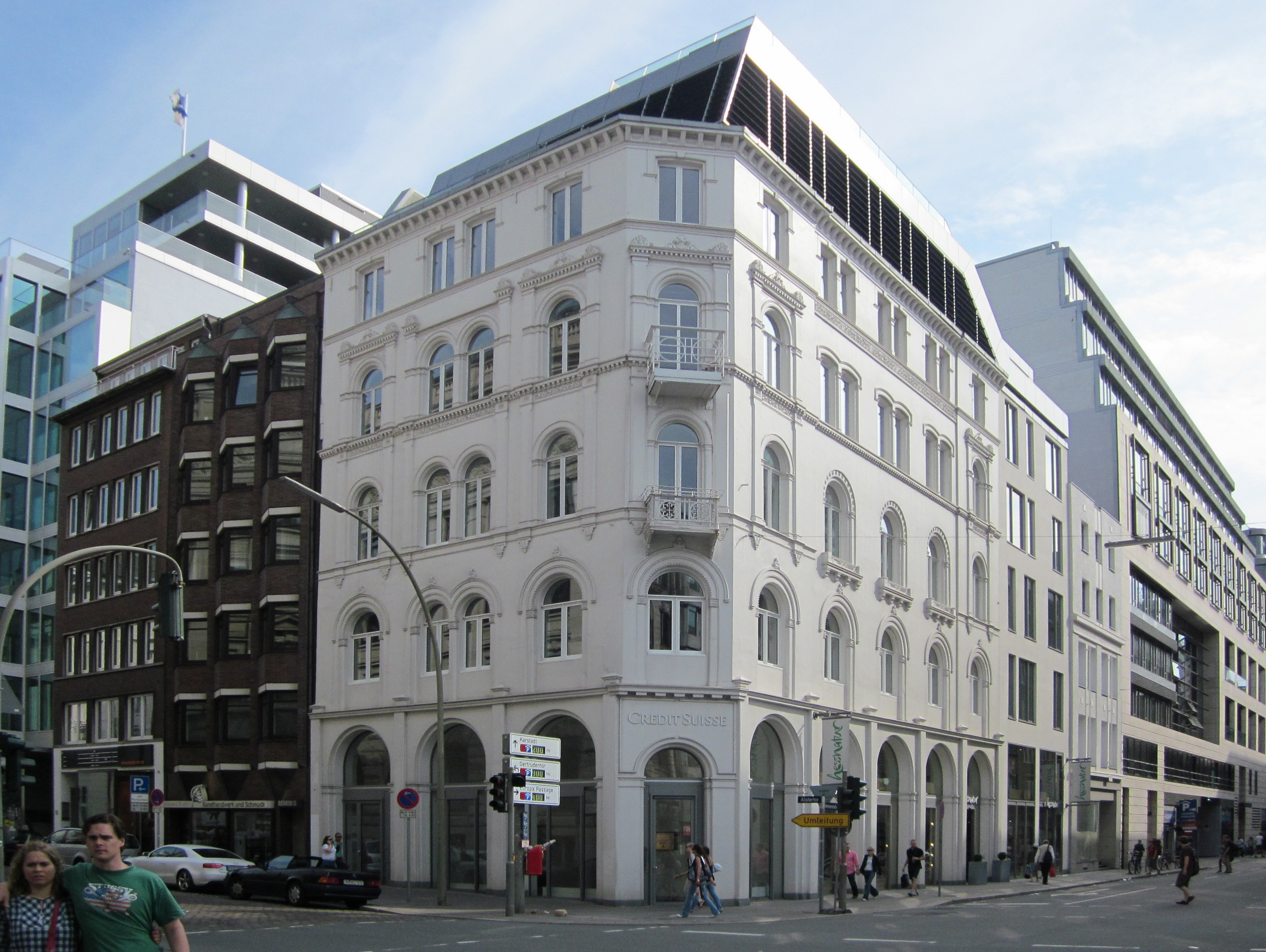 Alstertor 17 was one of several commissions completed by Ungewitter as part of the rebuilding of central Hamburg following [[:de:Hamburger Brand the Great Fire of 1842]].