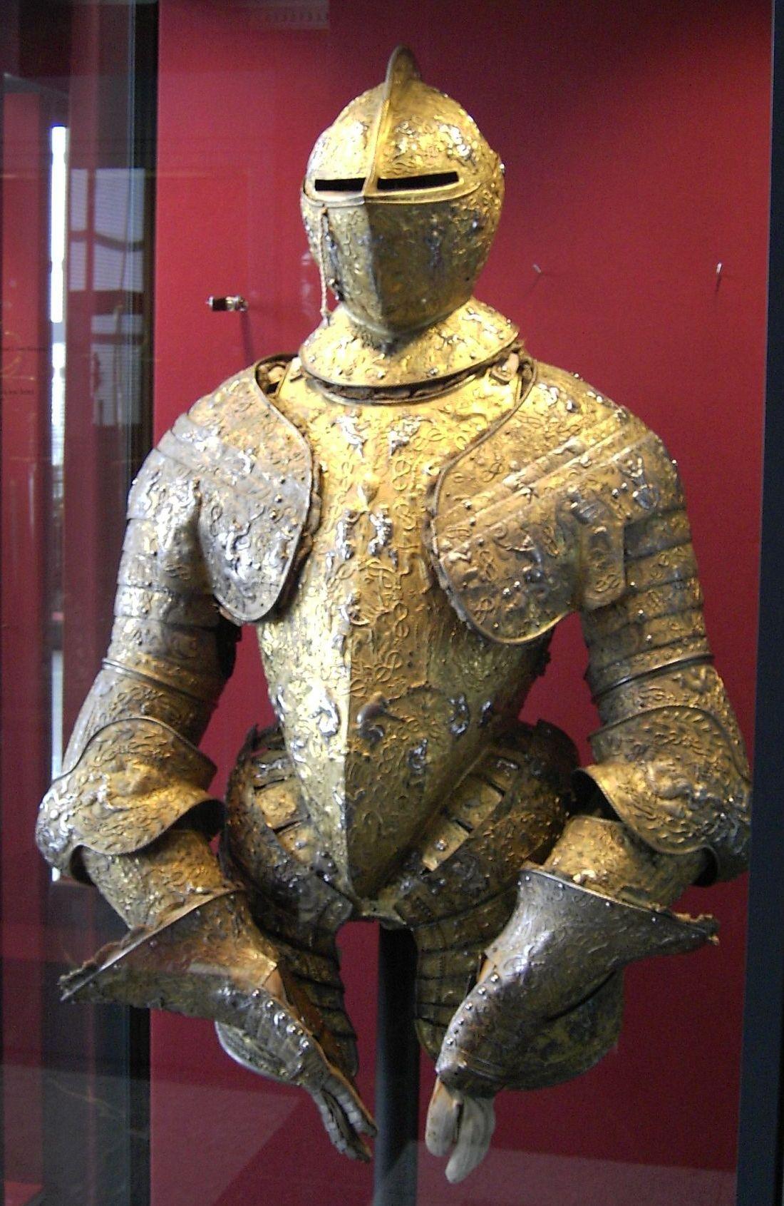 Dresden-Zwinger-Armoury-Armor