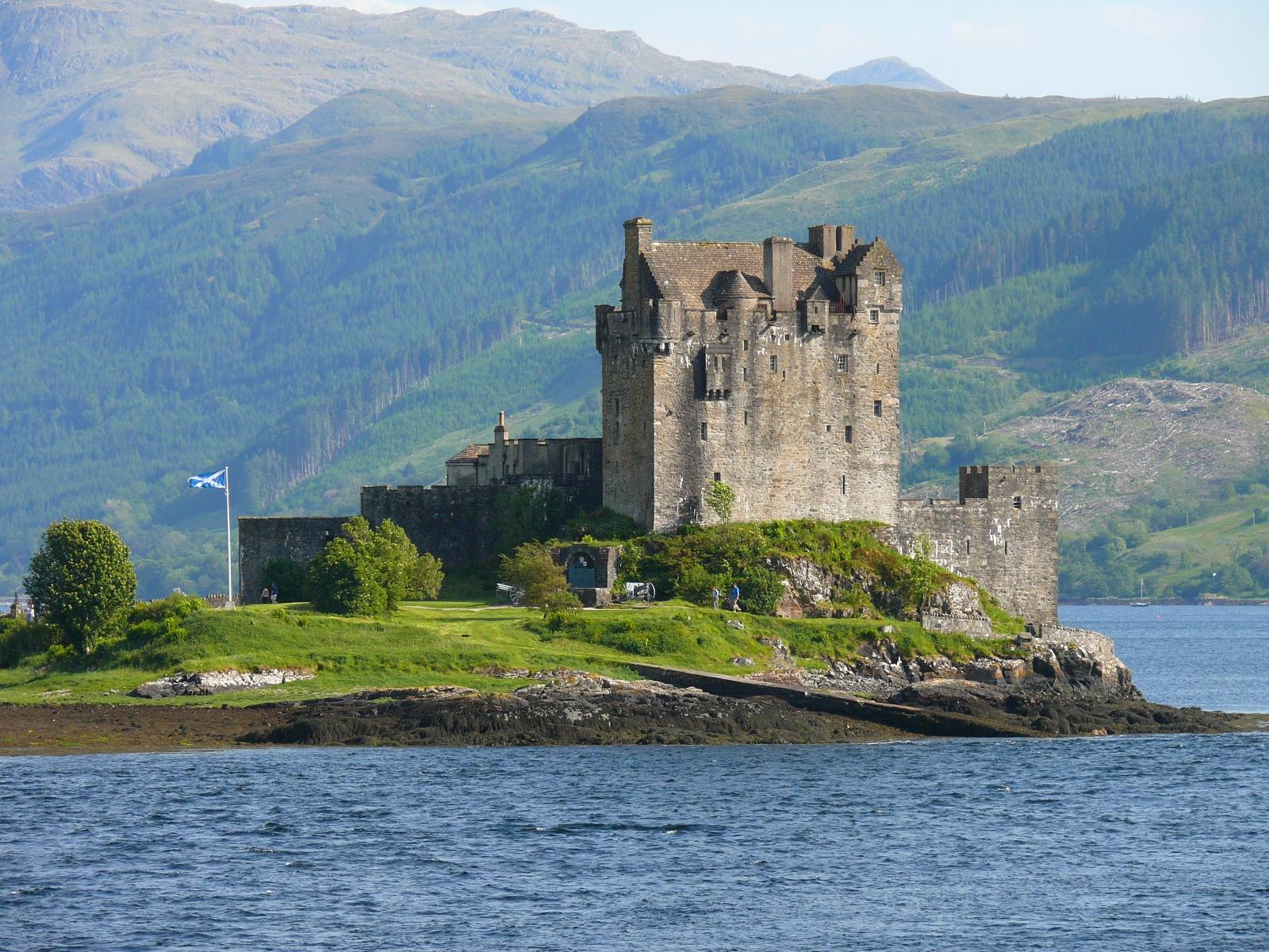 Albion Castle File Eilean Donan Castle 2 Jpg