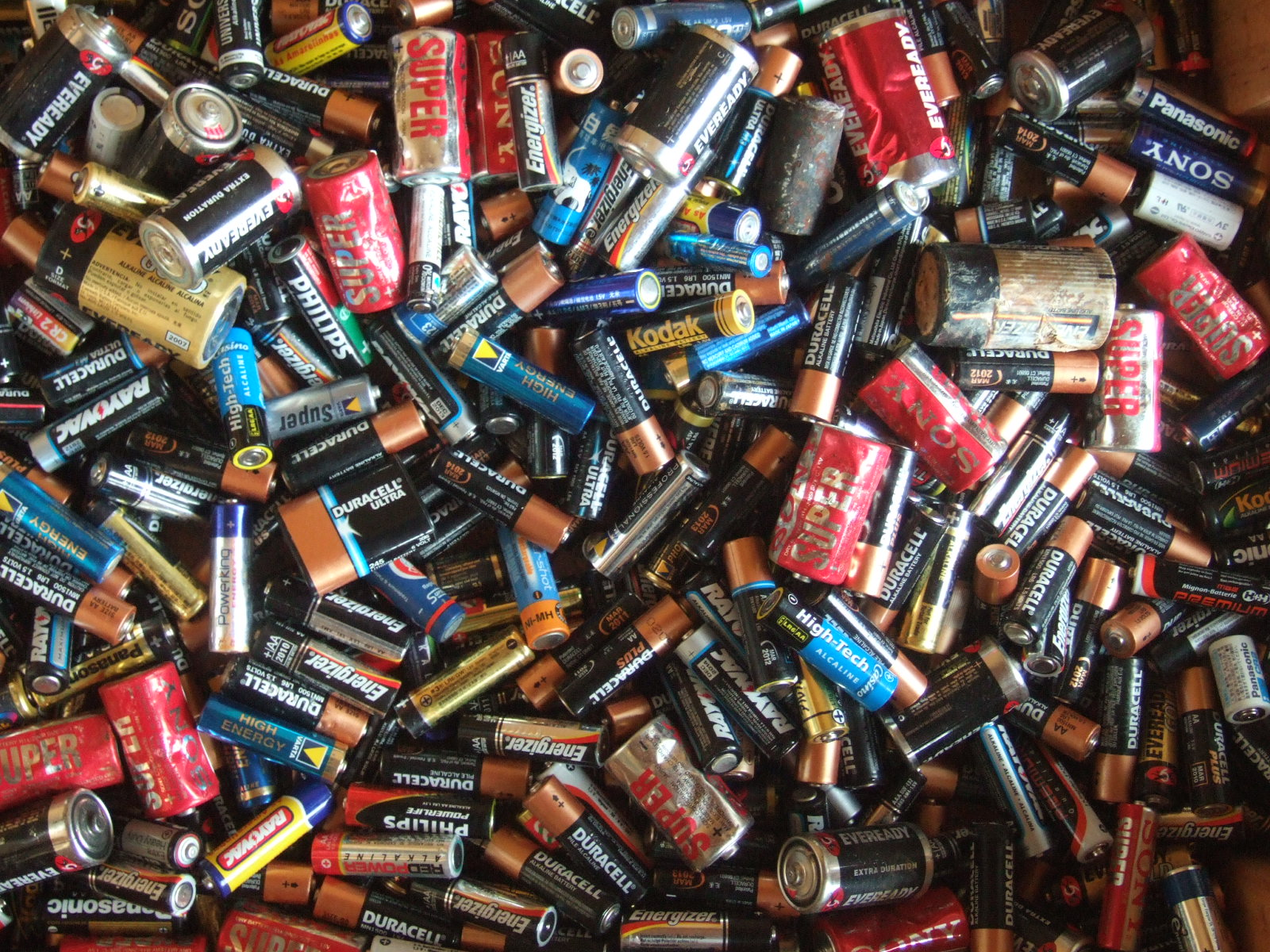 pile of used batteries