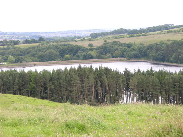 End of Turton and Entwistle Reservoir - geograph.org.uk - 475988
