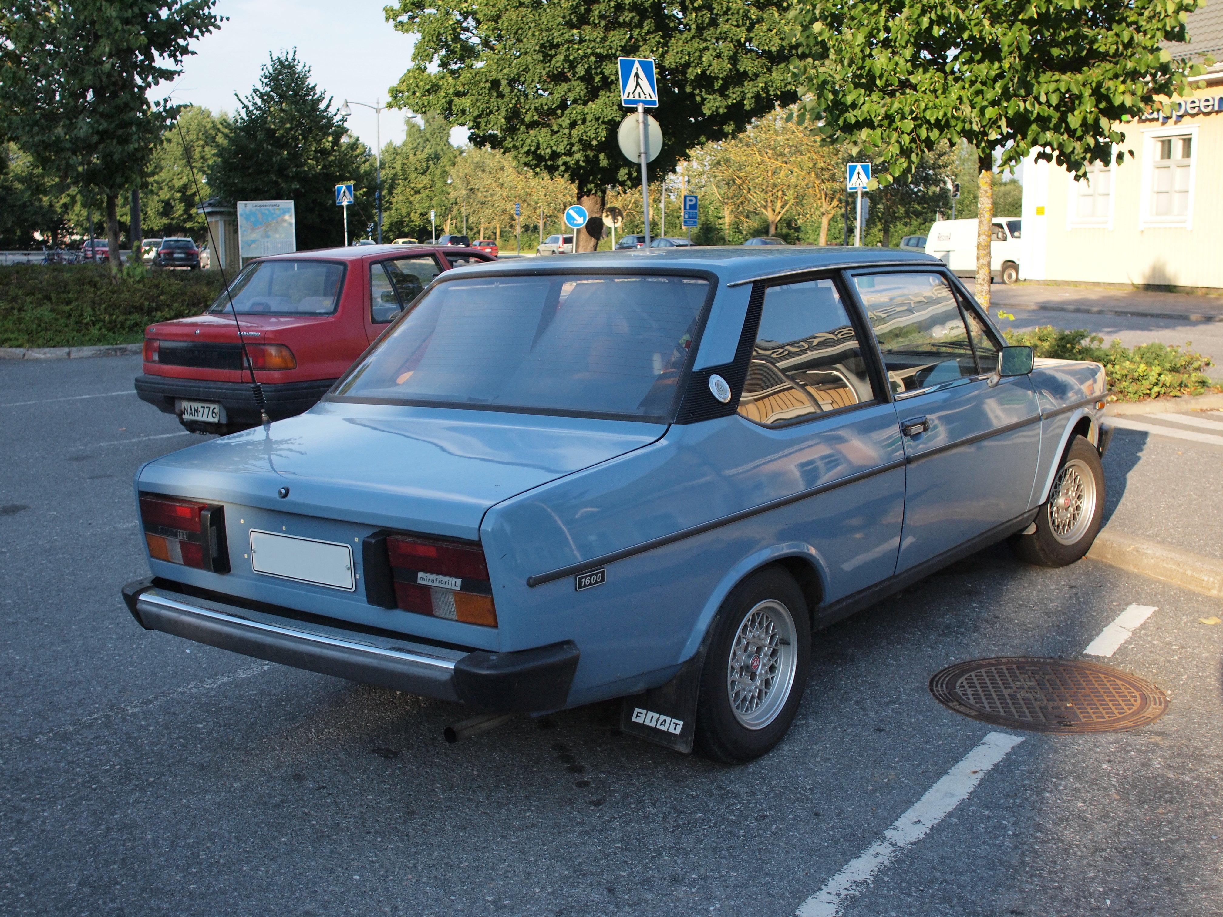 File Fiat 131 Mirafiori L 1600 1979 02 Jpg