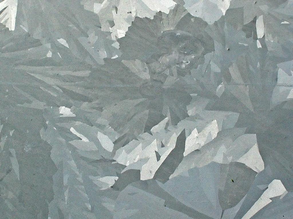 ot-diphandrailgalvanizationgalvanizedcrystallinesurfacealtergedelongatedcrystalsofvariousshadesofgray.