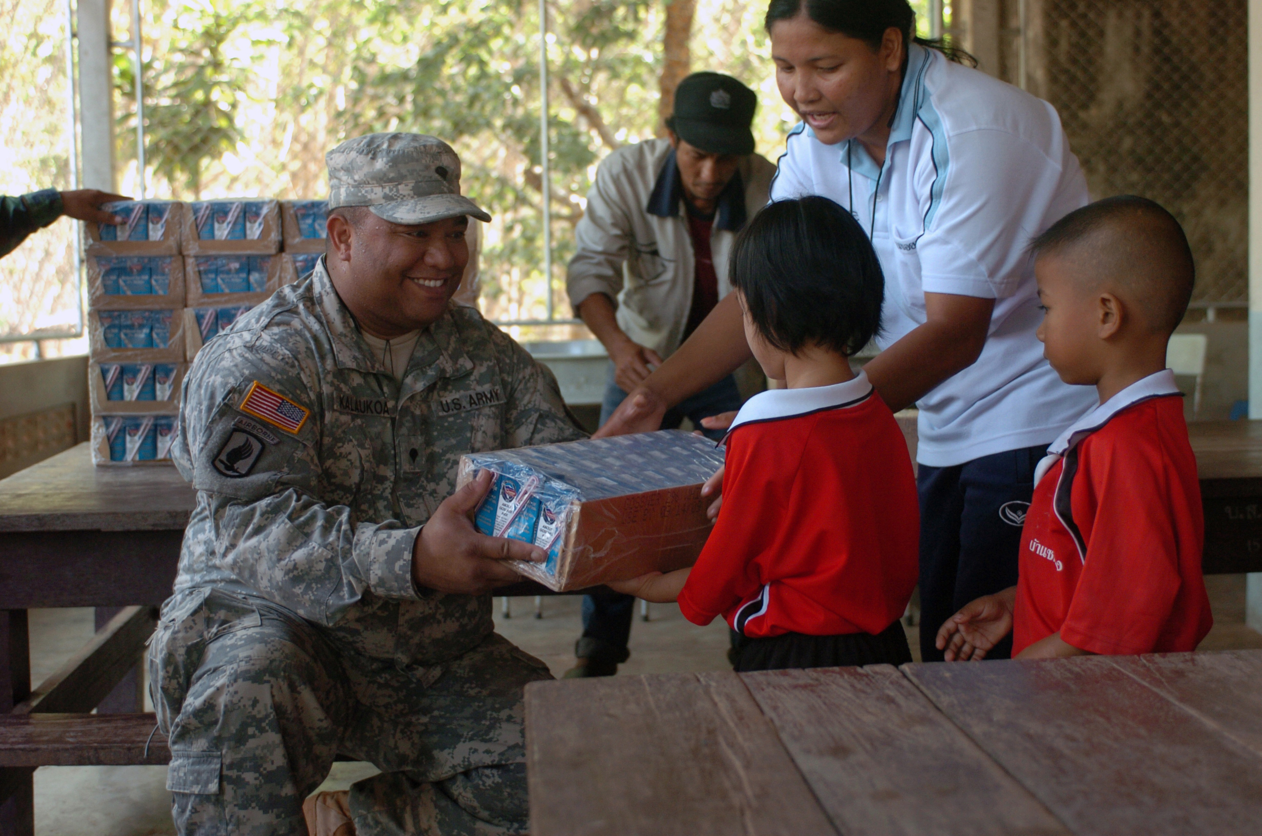 Us Army National Guard >> File:Flickr - The U.S. Army - Hawaii Soldiers, Thai Marines distribute 37,000 cartons of milk to ...