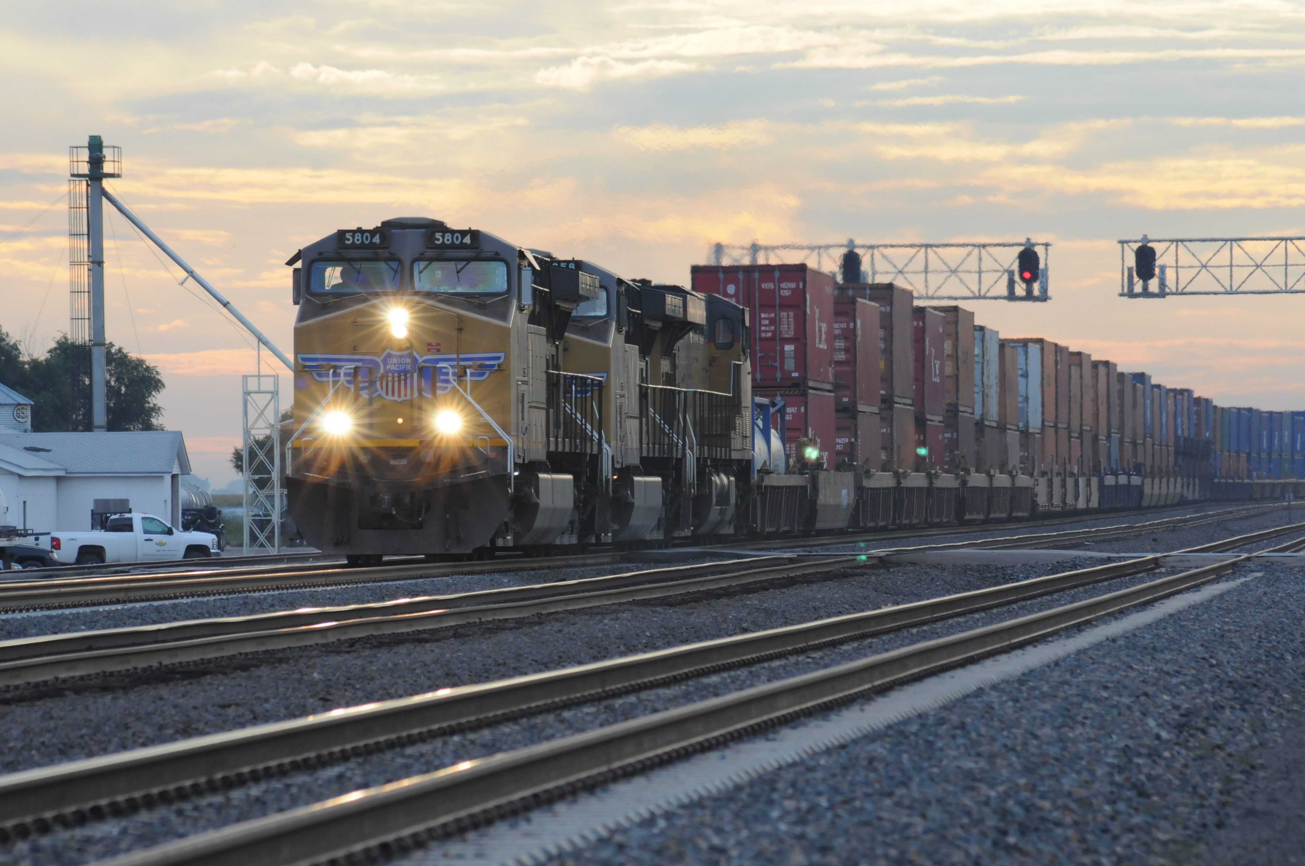 File Freight Train in ...