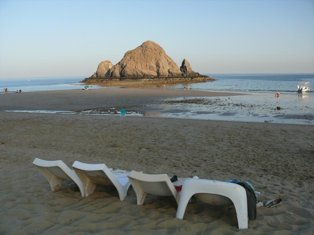 Sandy beach in Snoopy Island