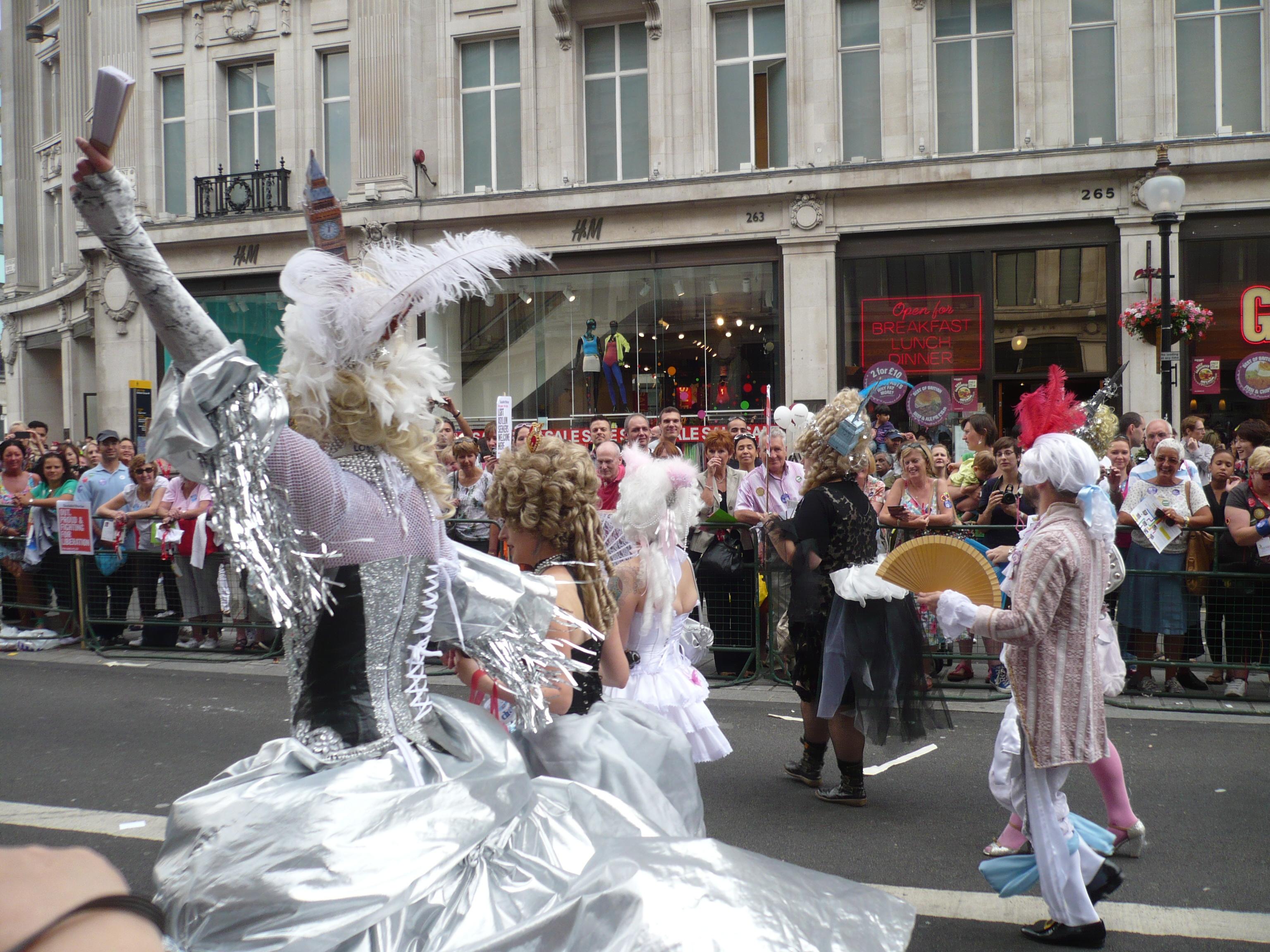 Gay Pride (5898248546).jpg English: gay pride london 2011,London LGBT Pride 2011 Date 2 July 2011, 18:27:53 Source https://www.flickr