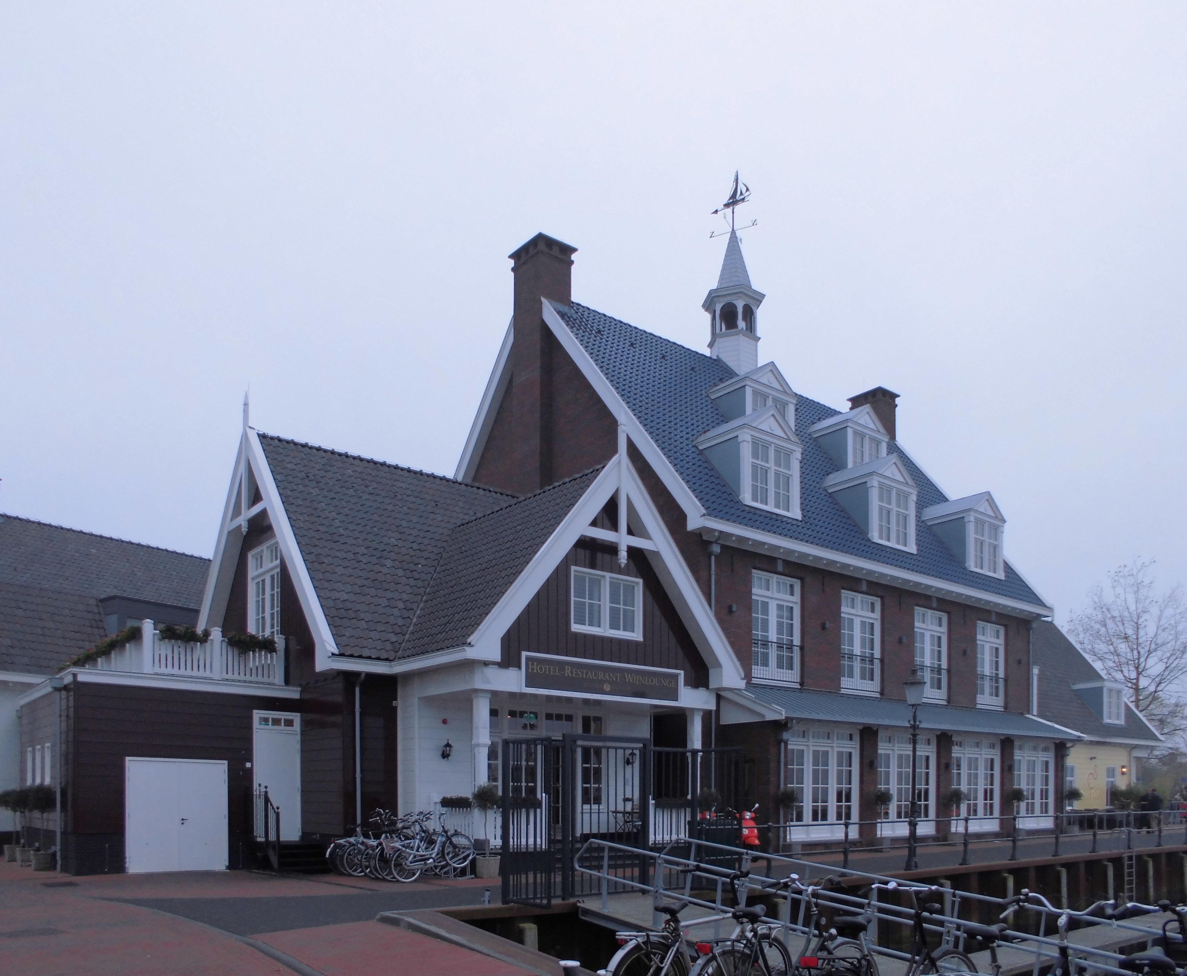 Restaurants In Huizen : File:huizen hotel restaurant nautisch kwartier.jpg wikimedia commons