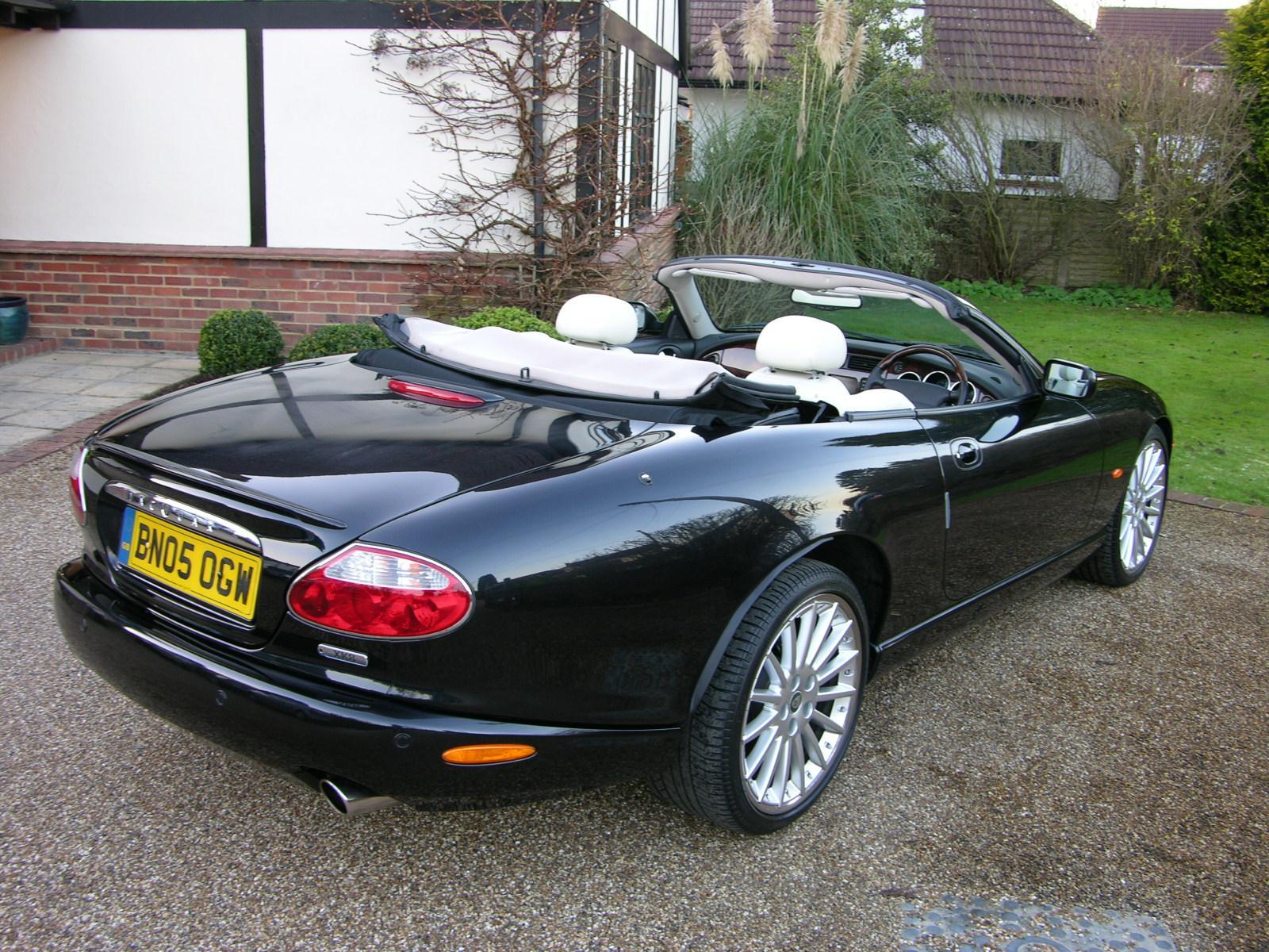 2002 Jaguar XK8 Convertible related infomation