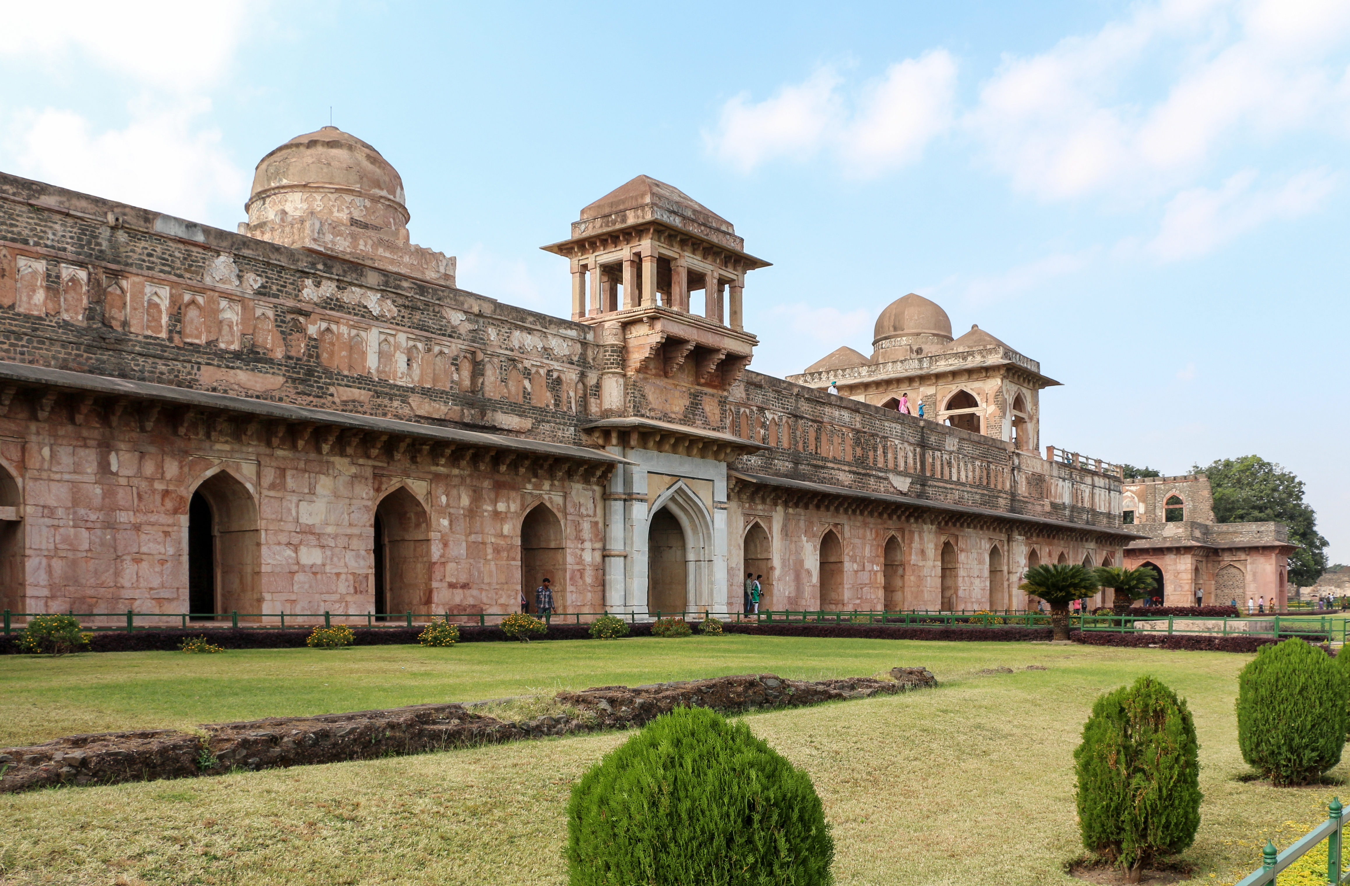 Facade of the Jahaz Mahal, Mandu