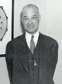 FBI Foto av James E. Amos