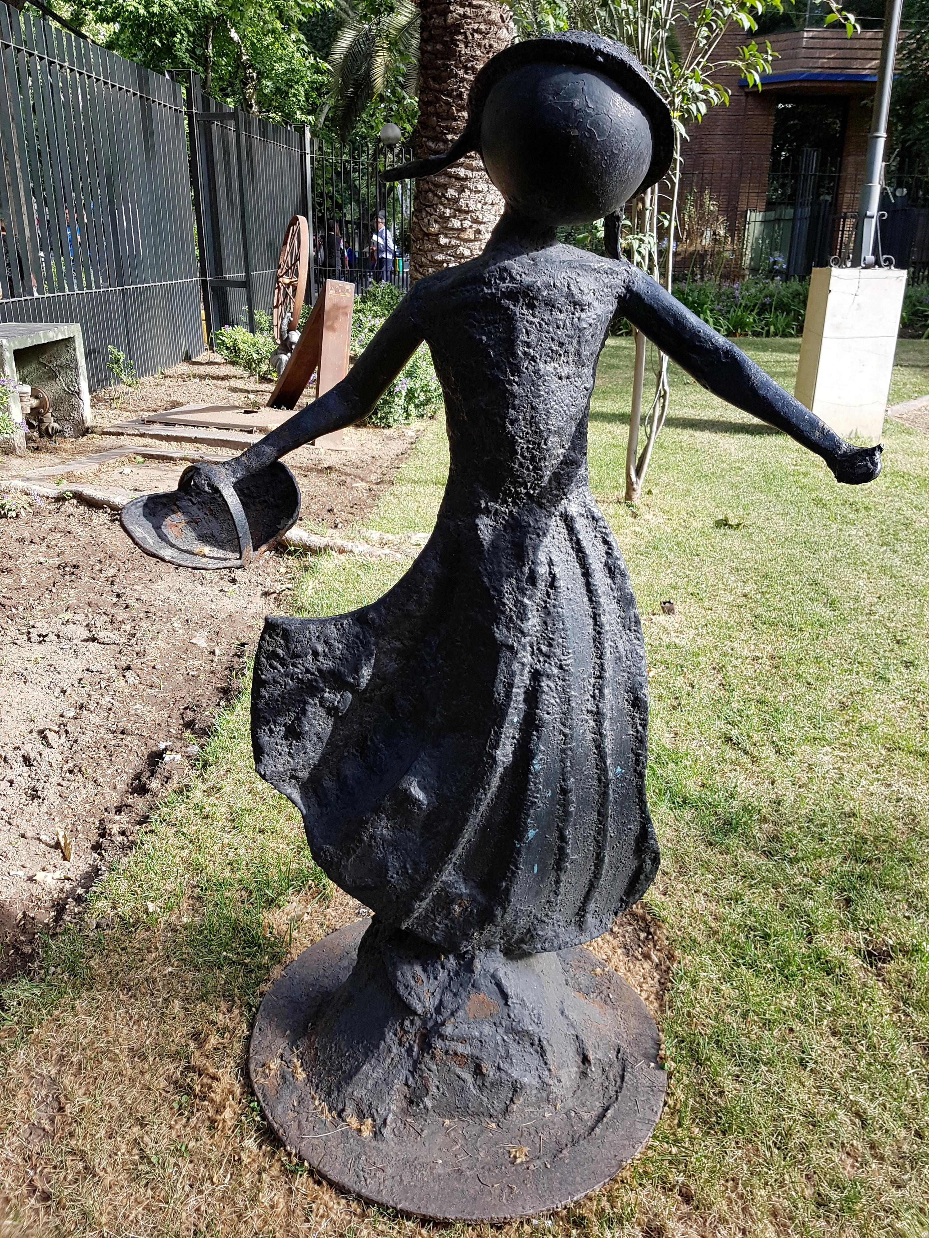 Filejardin De Las Artes Fcprov Escultura Chica Bailando 20171120 - Escultura-jardin