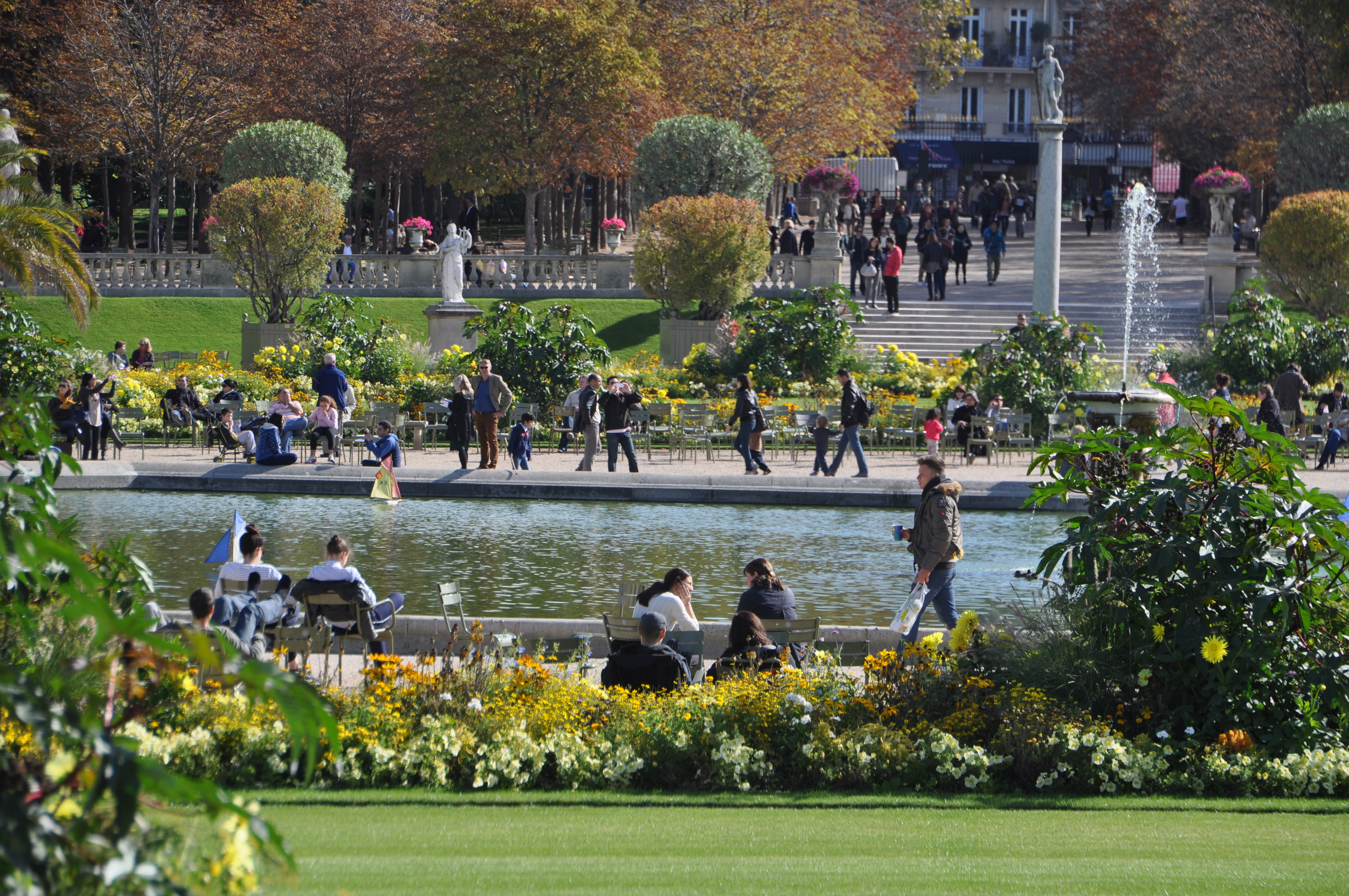 File jardin du luxembourg 2 paris 29 september for Jardin du luxembourg