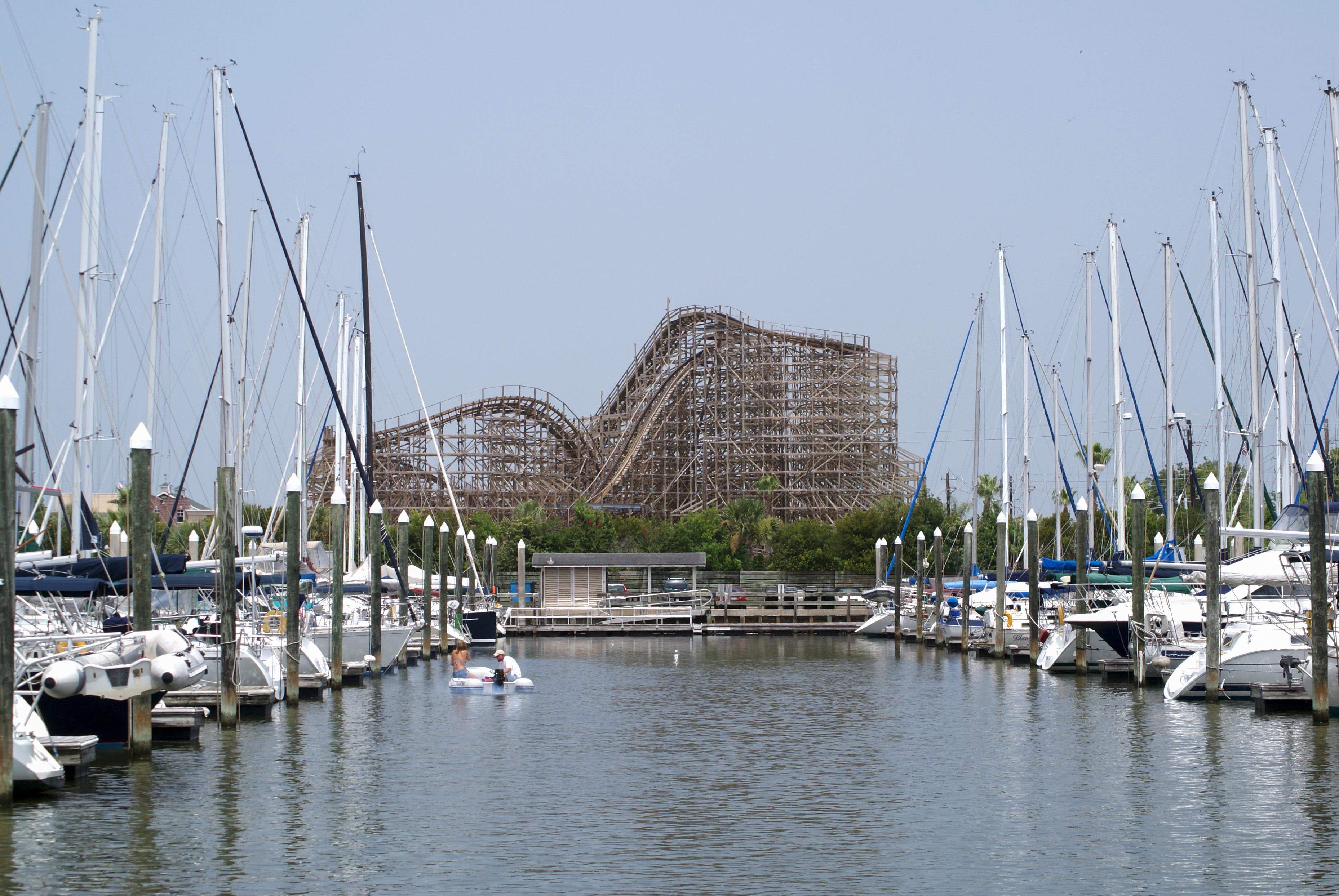 Hotels Near Galveston