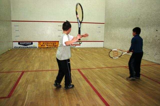 fichier la salle de squash jpg wikip 233 dia