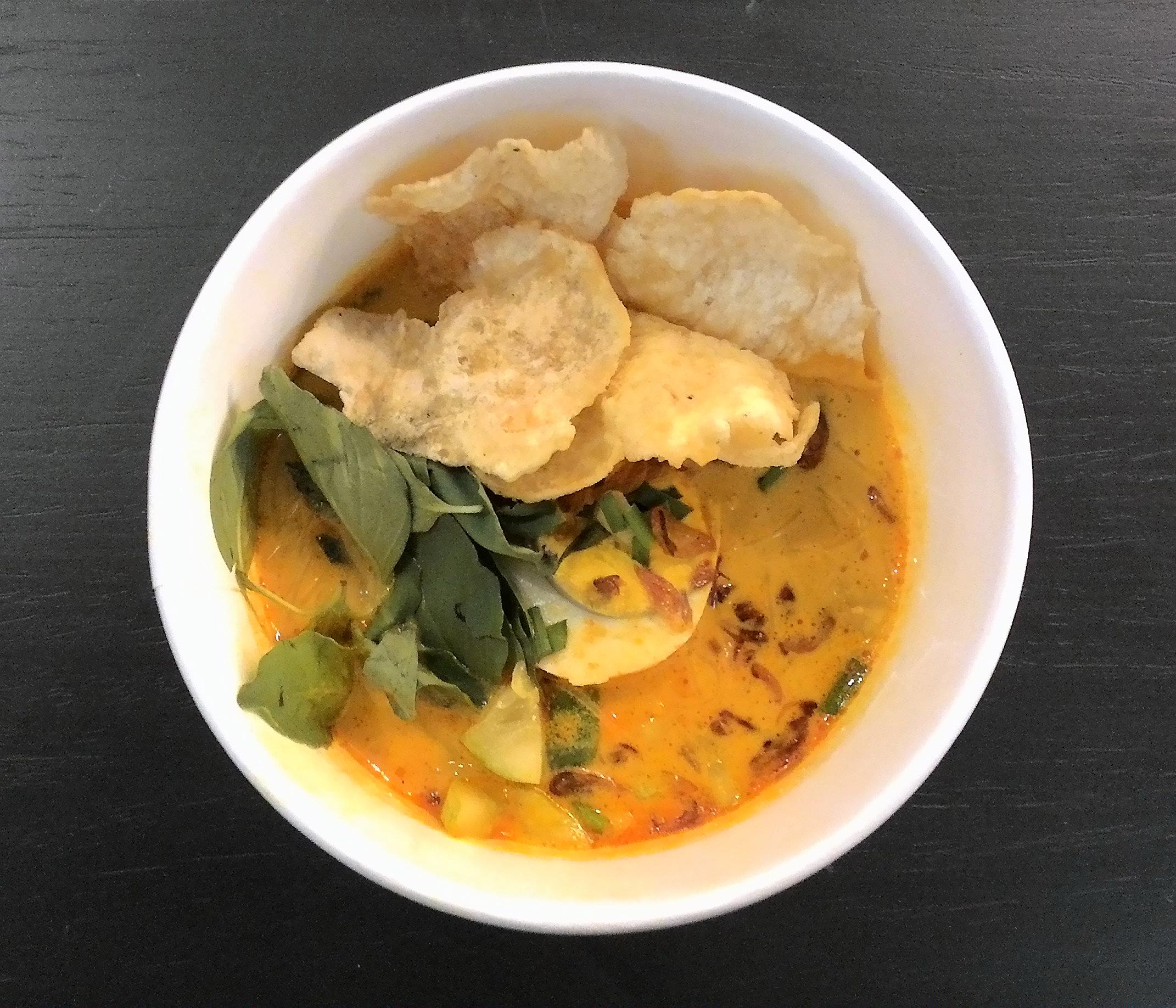 Laksa Wikipedia Kuliner Sambel Bawang Kering By Khohar Cianjur Bdg Betawi With Emping Melinjo Cracker