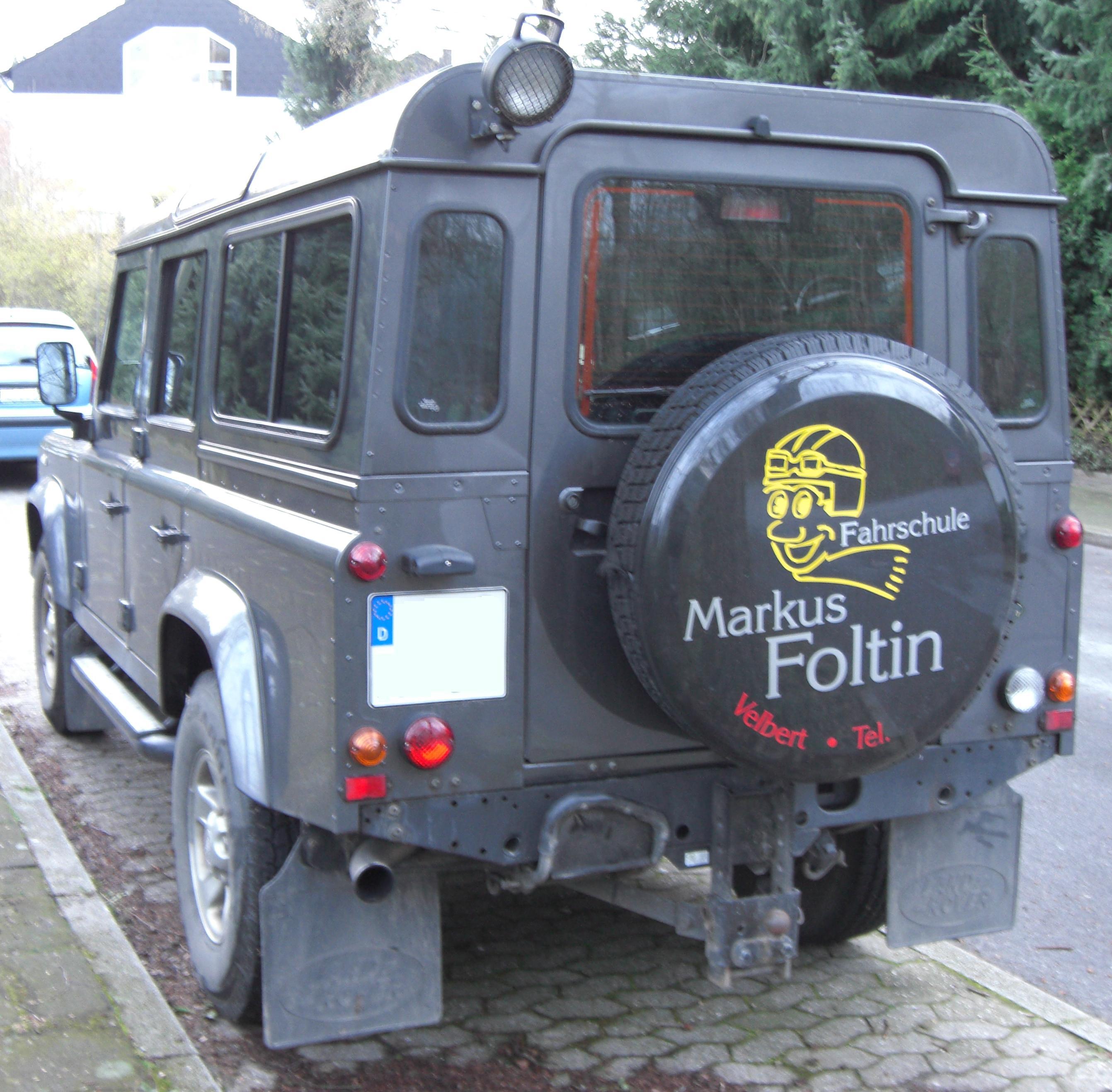 File Land Rover Defender Rear Jpg