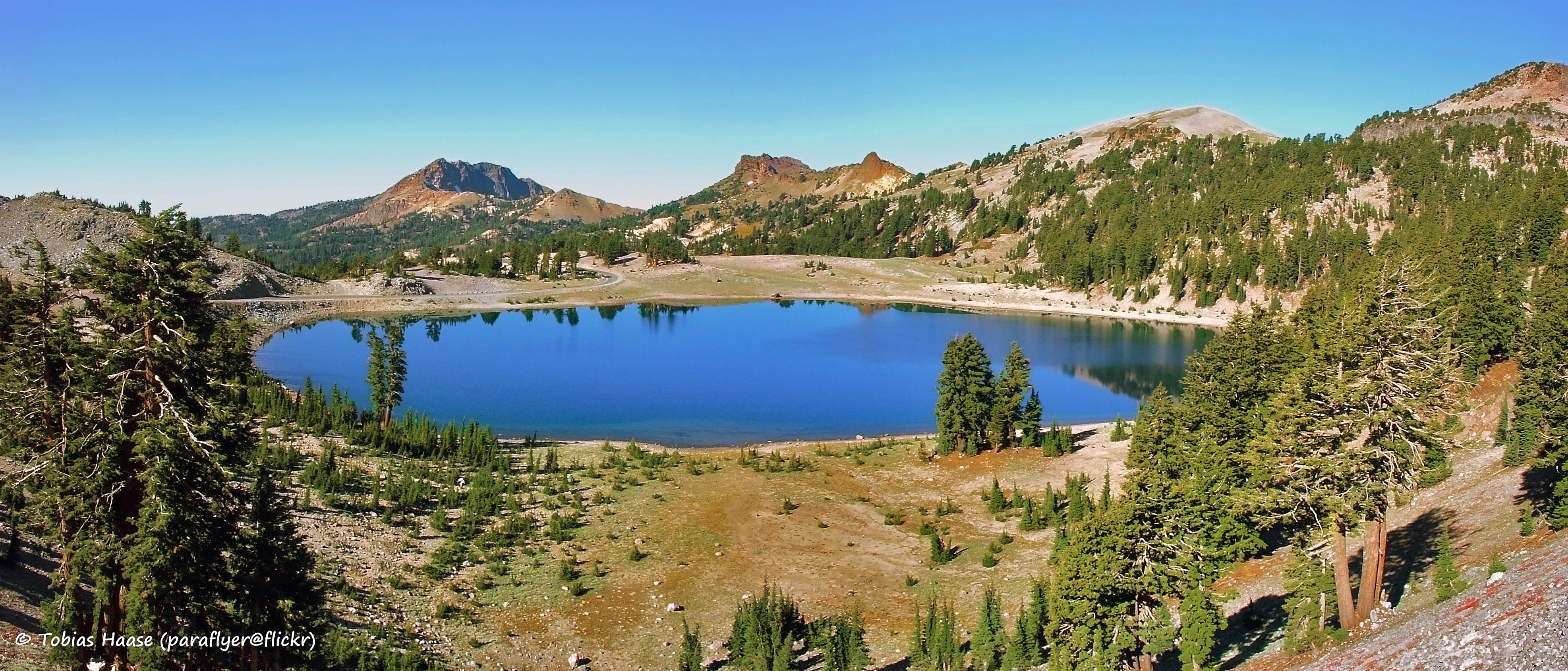 File:Lassen Volcanic National Park, California ...