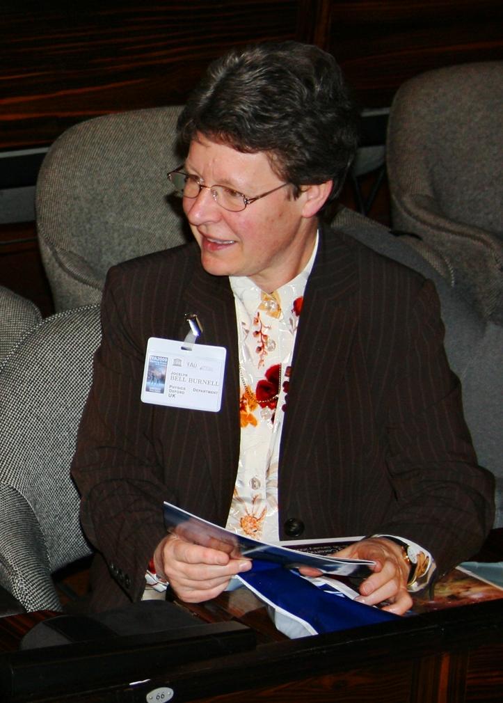 Jocelyn Bell la mujer que descubrió los Pulsares