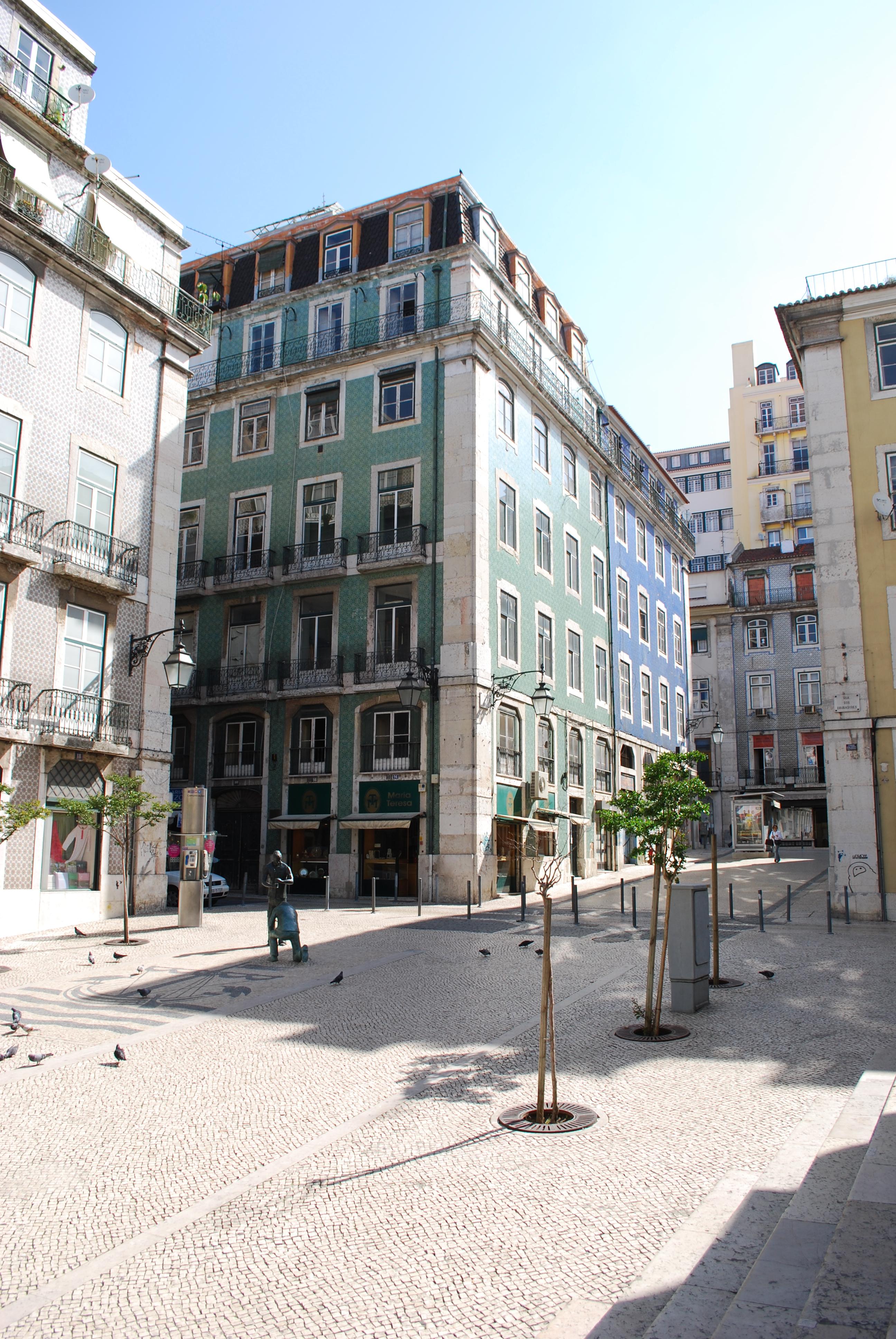 File:Lisboa - Edifício Pombalino (2).jpg - Wikimedia Commons