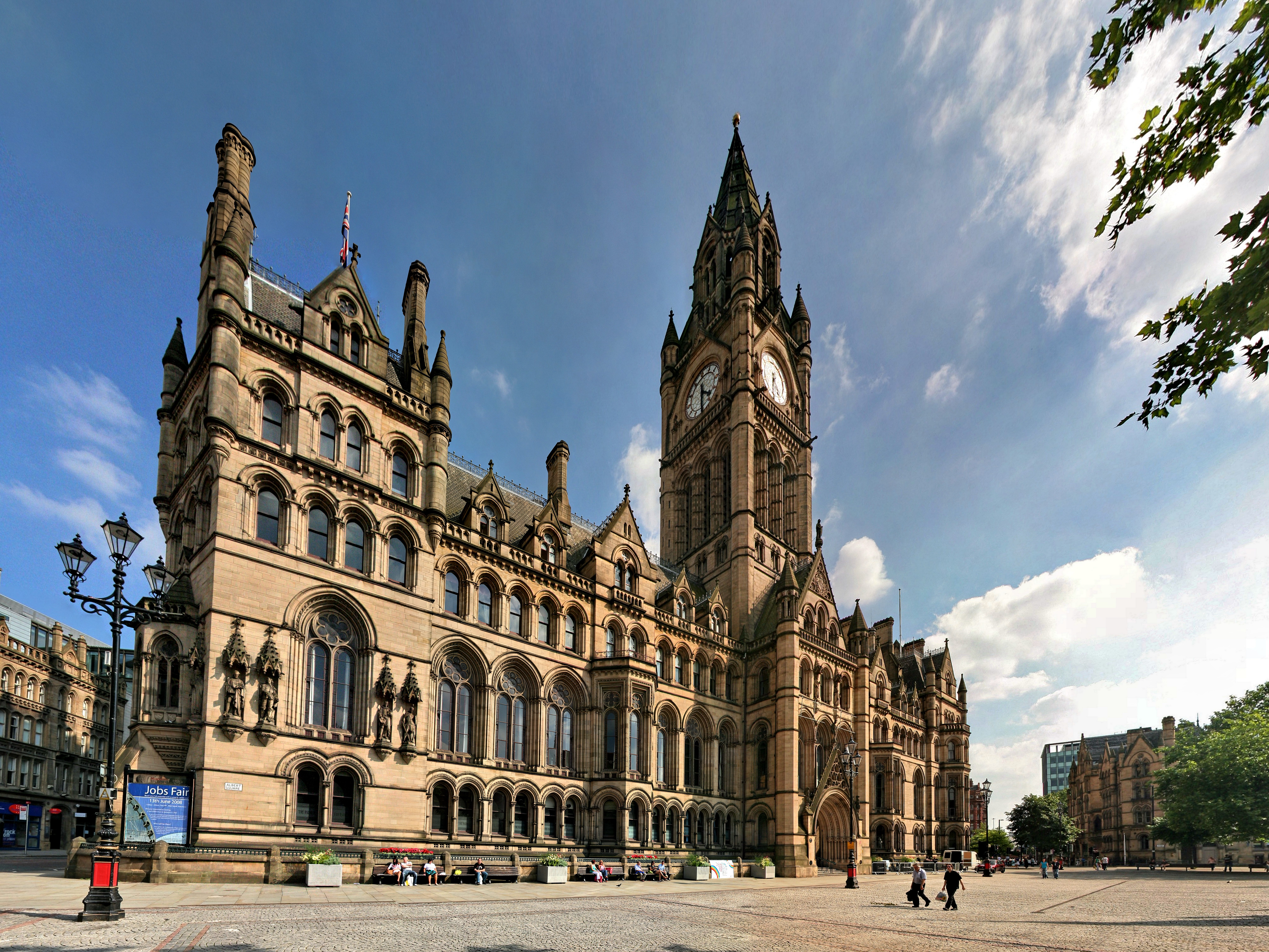 Albert square manchester wikiwand for Architecture xix