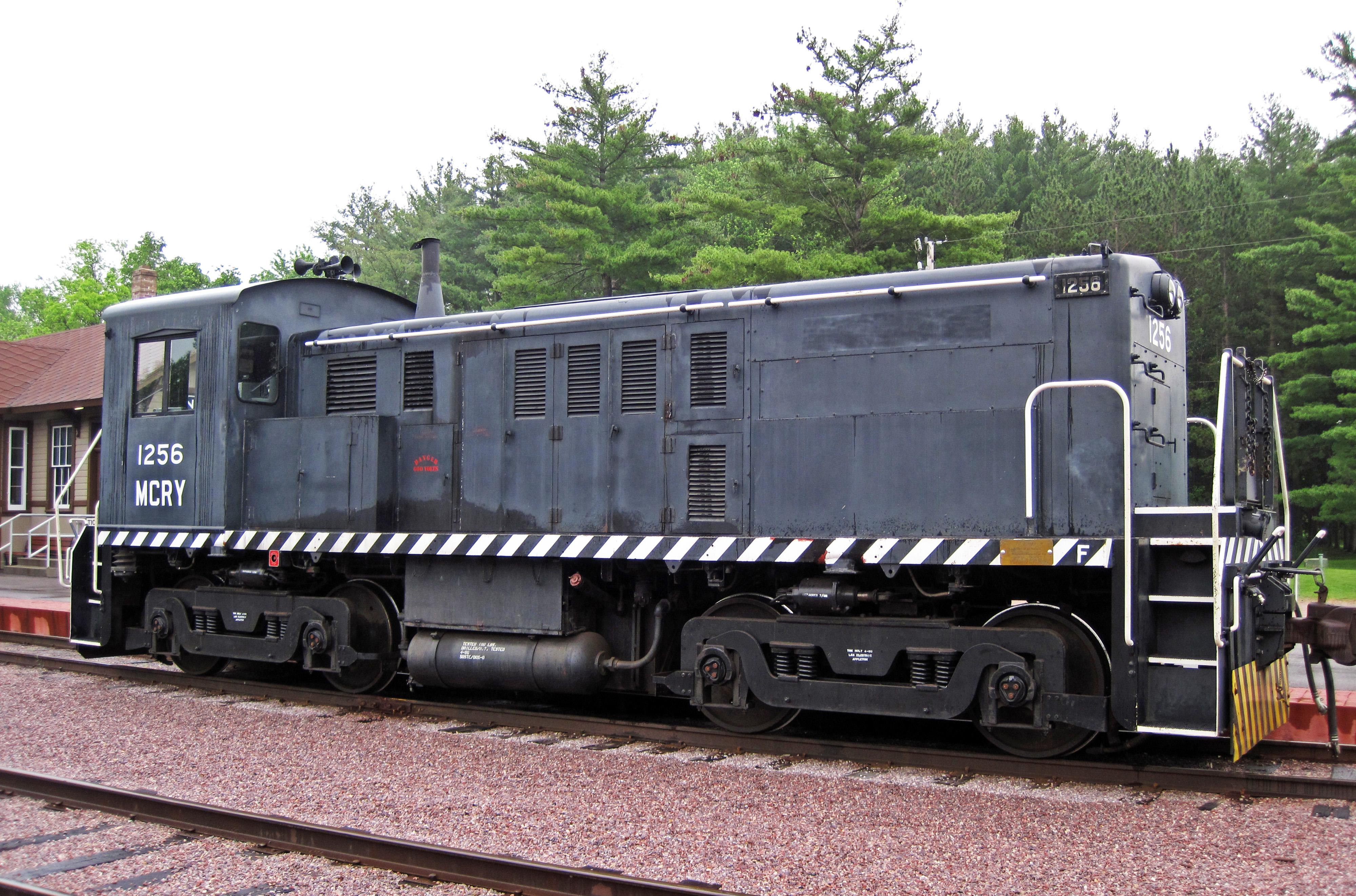 file mid continent railway 1256 diesel locomotive baldwin rs 4 tc rh commons wikimedia org Encevac with Havlogen TC 4 Scion tC 4 Door