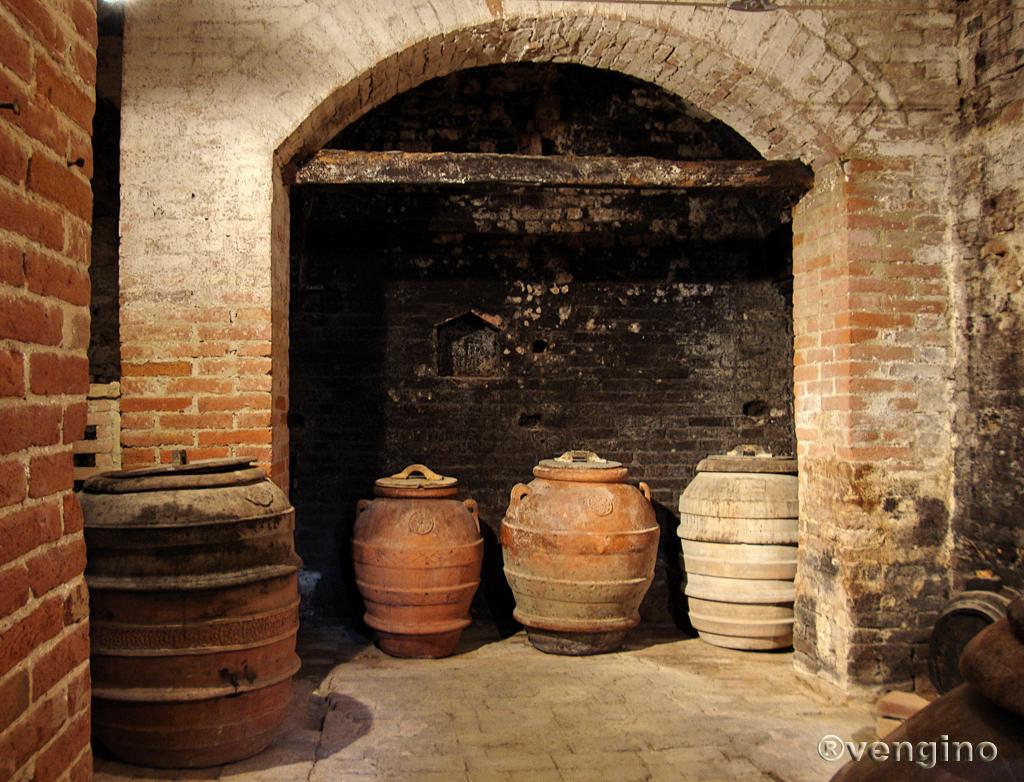 Recipiente Di Terracotta Per L Olio.Orcio Wikipedia