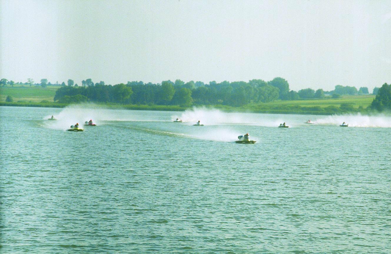 Hydroplane racing - Wikipedia